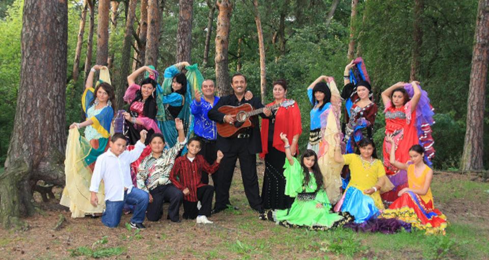 Don Vasyl Junior & Cygańskie Gwiazdy