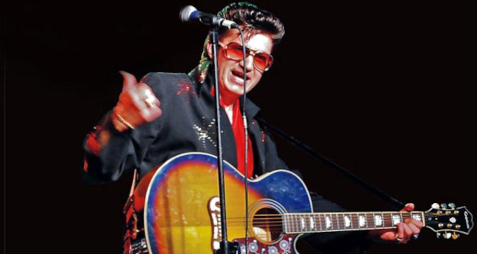 """Polski Elvis Show"""