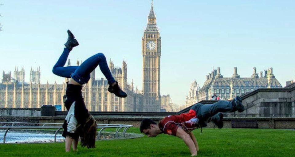 Pokazy artystyczno-akrobatyczne