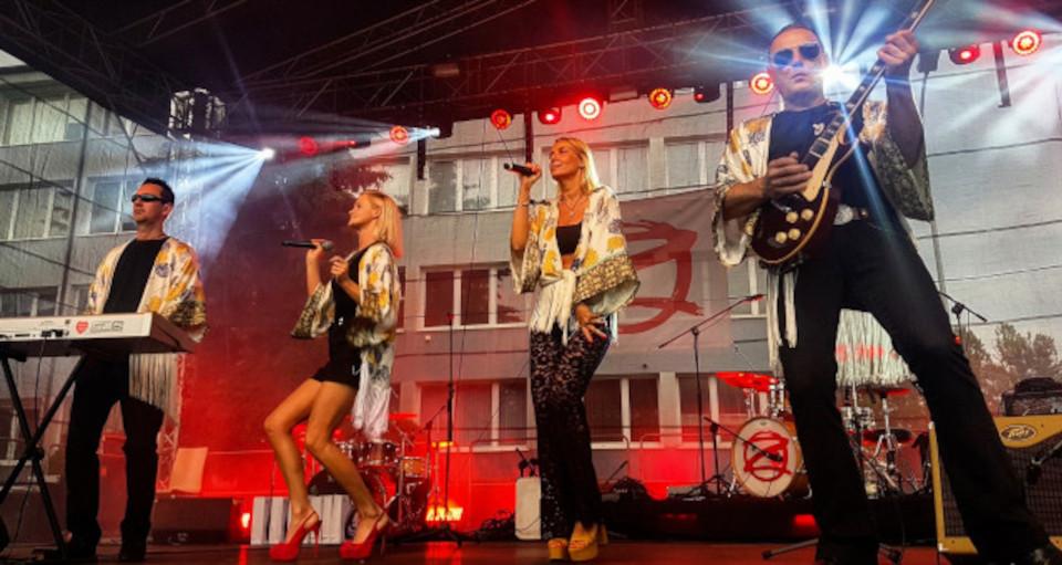 S.O.S. – ABBA Cover Show